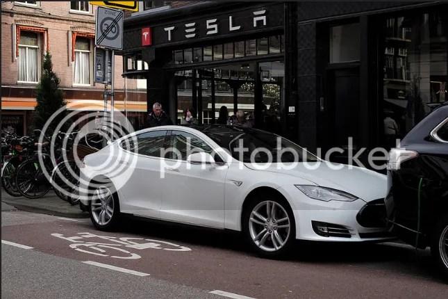 photo Tesla_zpsicq0wfrz.png