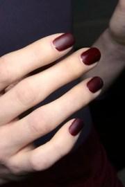 le fashion matte burgundy nails