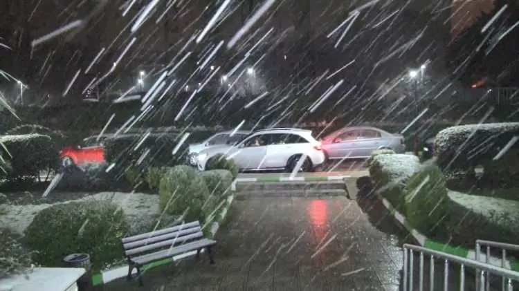 son dakika istanbula lapa lapa kar yagisi 1610686793 9173 w750 h421
