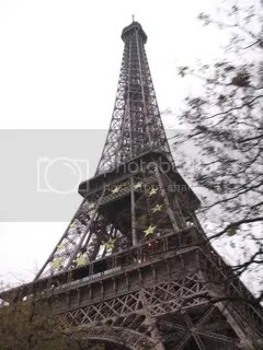 Tour Eiffel by day...