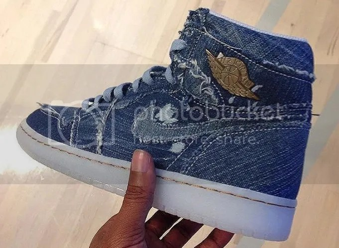 photo Air-Jordan-1-Pinnacle-11-681x498_zpsihrg4rqw.jpg