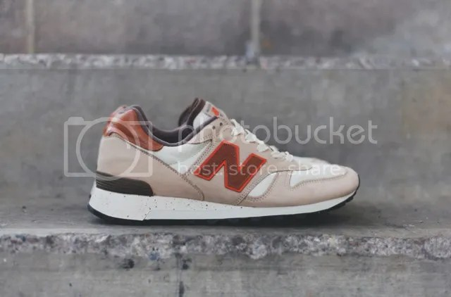 NEW BALANCE 1300 photo new-balance-1300-grain-bone-2-640x422_zps1f6e6d2d.jpg