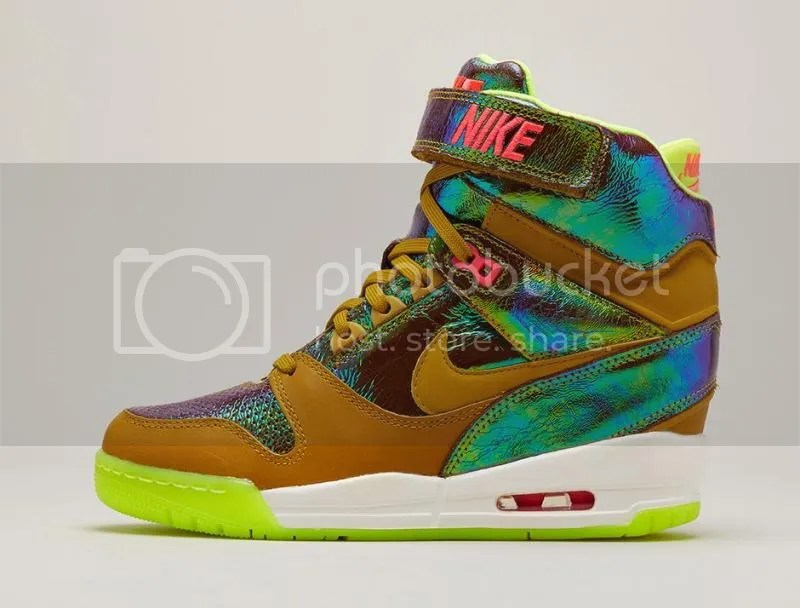 Nike WMNS Air Revolution Sky Hi Premium photo nike-trophy-collection-4_zps627fcad2.jpeg