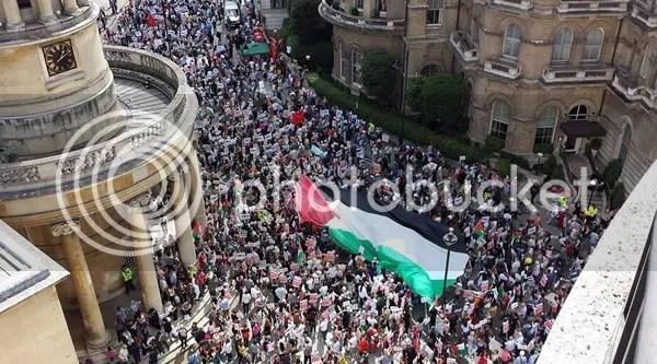 photo flag_london2_zps2ngg9ic5.jpg