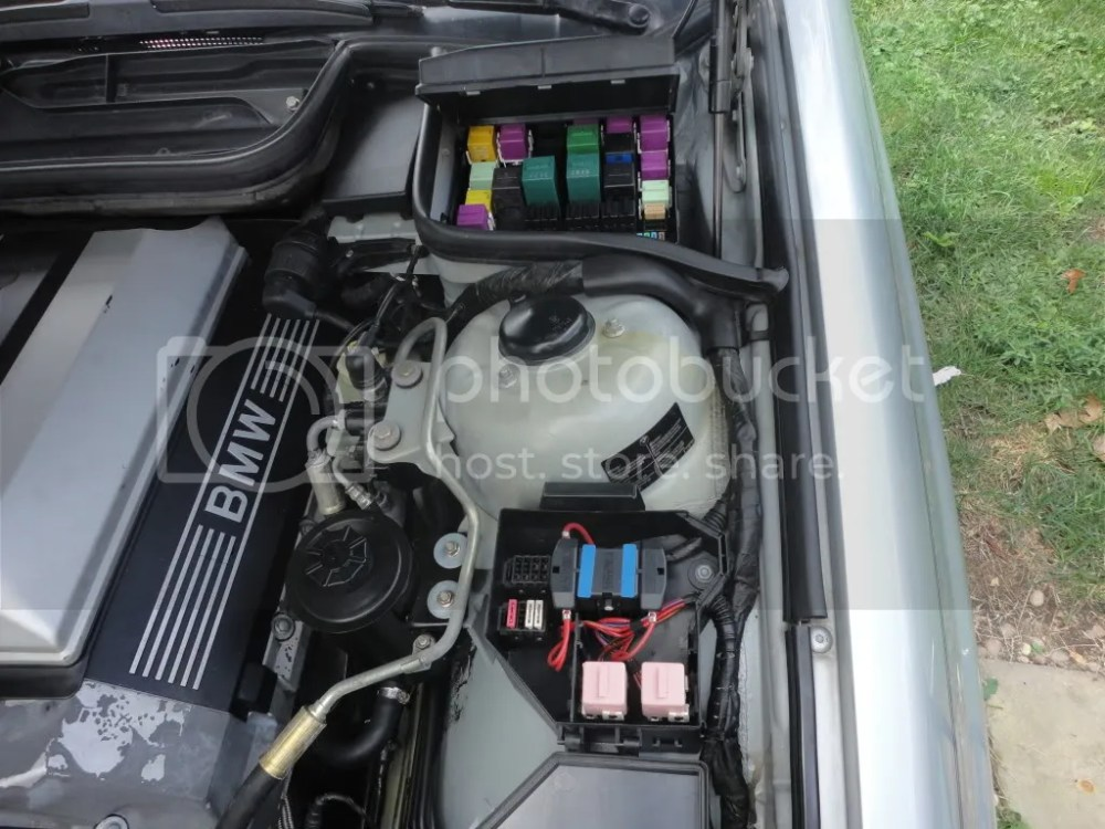 medium resolution of bmw 840 fuse box wiring diagram detailed 2007 bmw x5 fuse box location bmw 850 fuse box