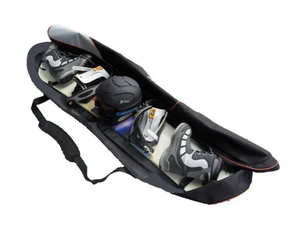 CAPACITY – Very roomy and comfortable. Holdall will help you to carry also  snowboard boots 2d300ddbe3608