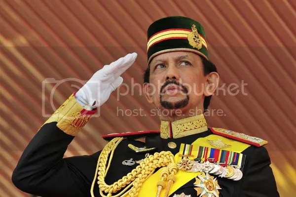 2. Hassanal Bolkiah ($20 billion)