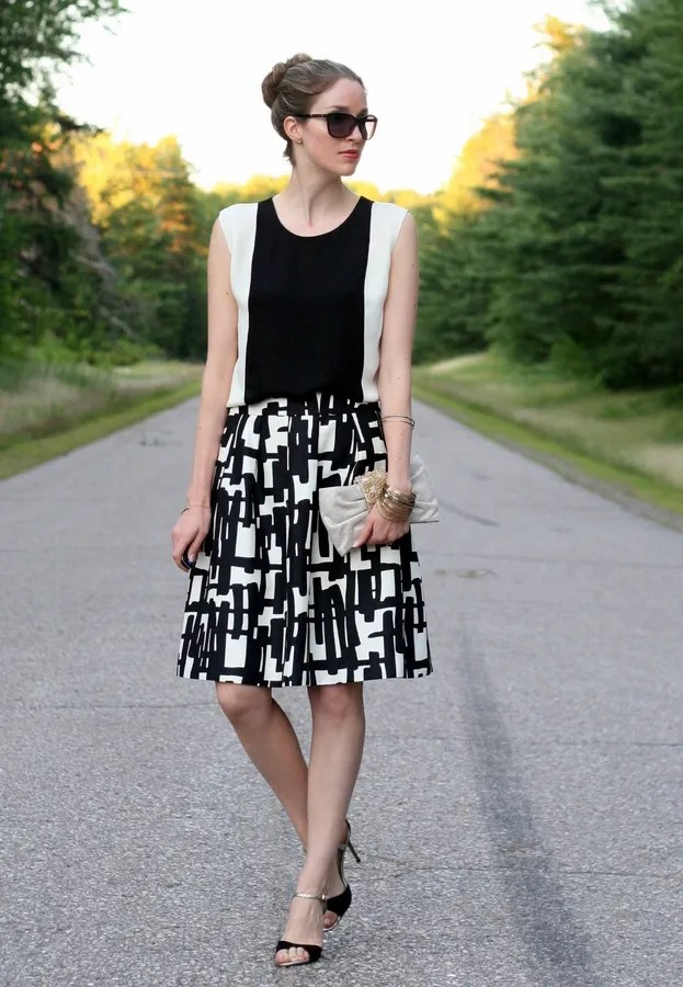 black and white outfit printed skirt