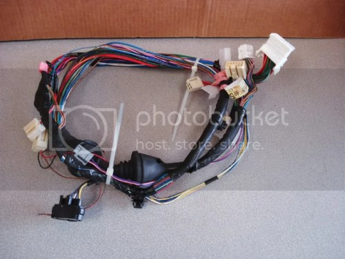 small resolution of up for an auction a 04 05 06 toyota oem scion xb lh left wiring harness front door it was removed from toyota scion xb 2006 driver s door it is used item