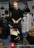 photo noel-fisher-gbk-host-a-gift-lounge_3520929_zps06a2d976.jpg
