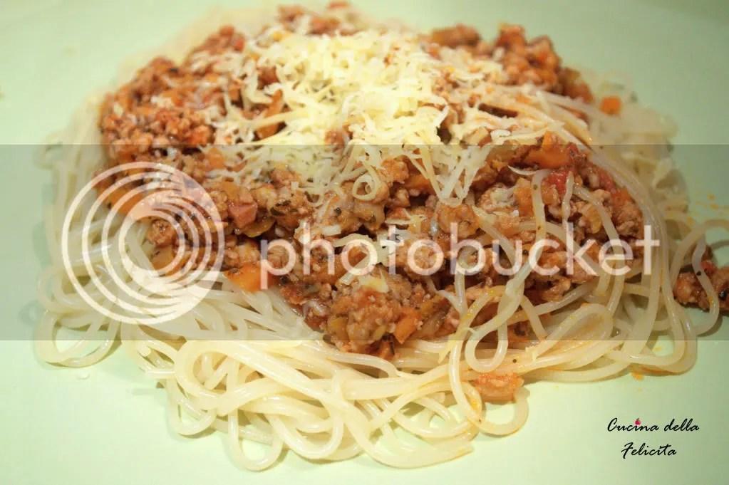 Spaghetti alla bolognese – niezawodny przepis   Cucina della ...