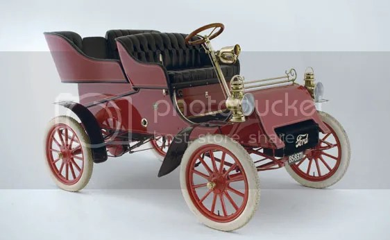1903 Ford Model A Rear-Entry Tonneau