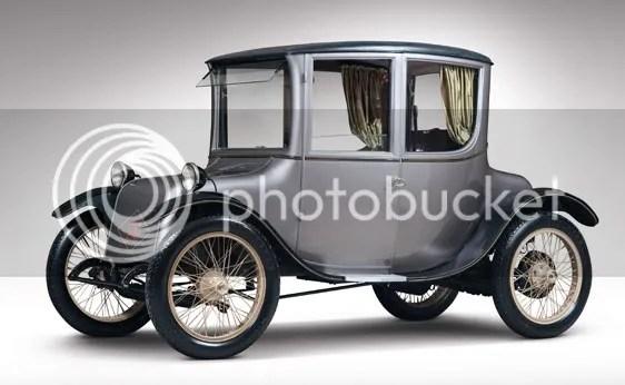 1922 Milburn Electric Model 27L Light Brougham