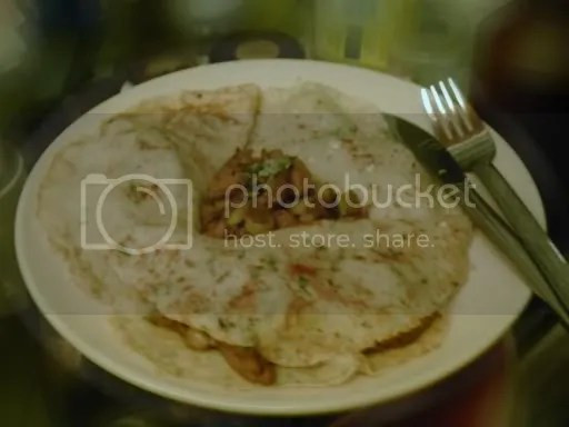 Spiced Chicken in Herby Pancakes