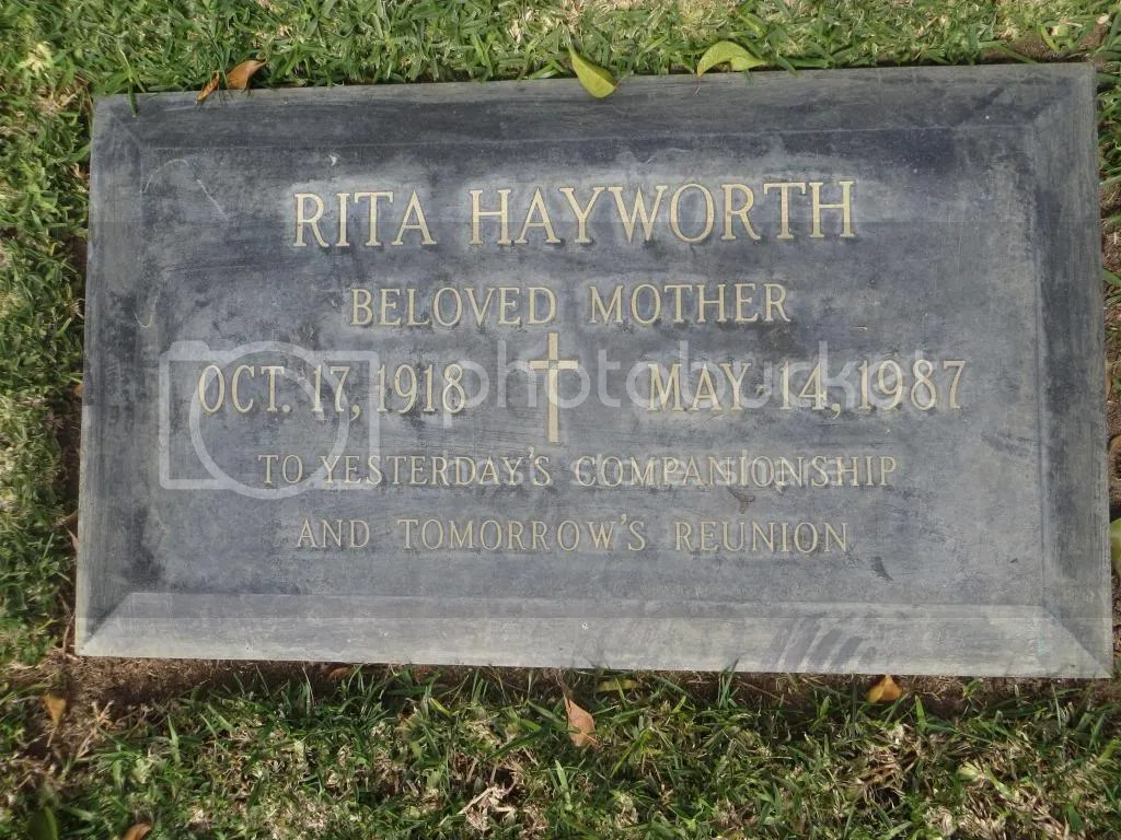 Rita Hayworth grave photo IMG_2574_zps2f125690.jpg