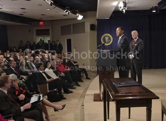 Obama meets with senior staff to discuss expectations regarding ethics & conduct...