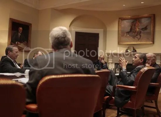Obama is briefed on the economy by National Economic Director Lawrence Summers & members of his economic council at the White House...