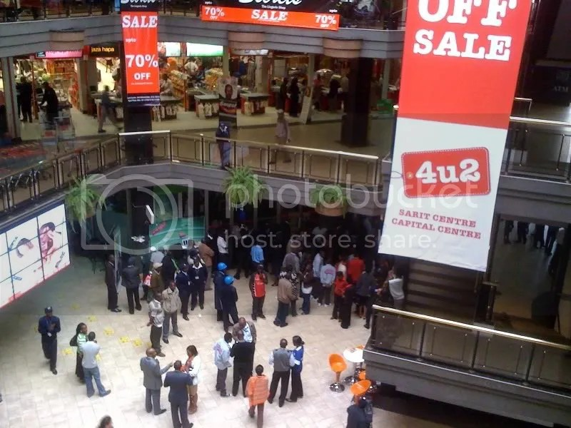 Nokia C3 Chaos at Sarit Centre... (4/4)