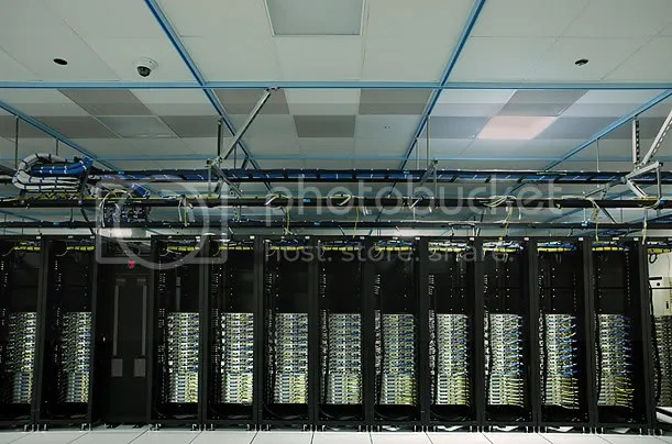 Inside A Facebook Server Farm... (6/6)