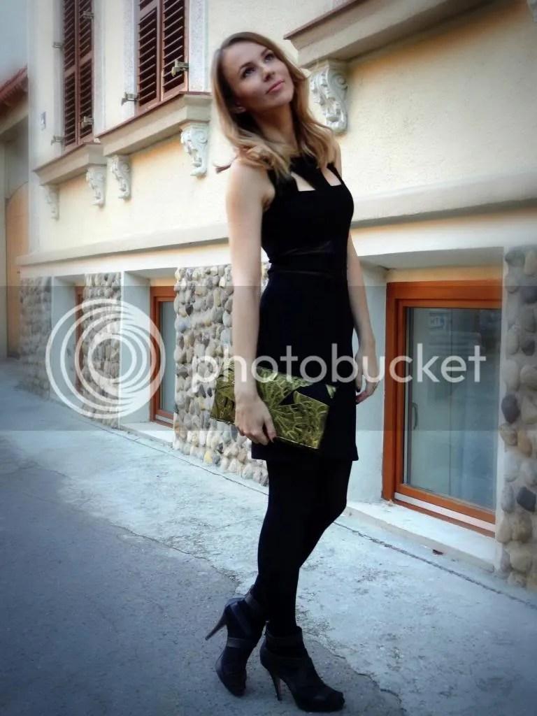 photo muse1a_zpsca2cbd2b.jpg