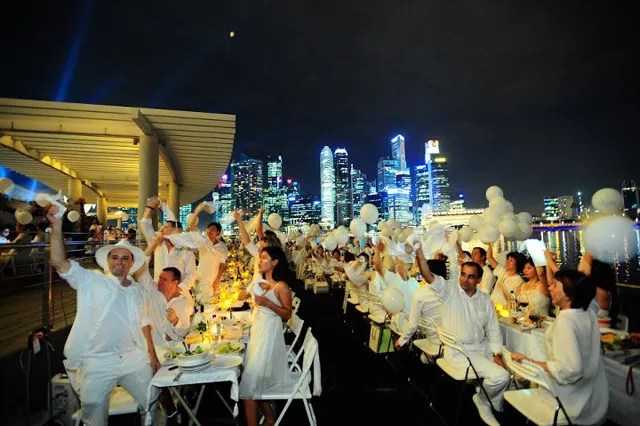 Diner en Blanc Singapore 2012
