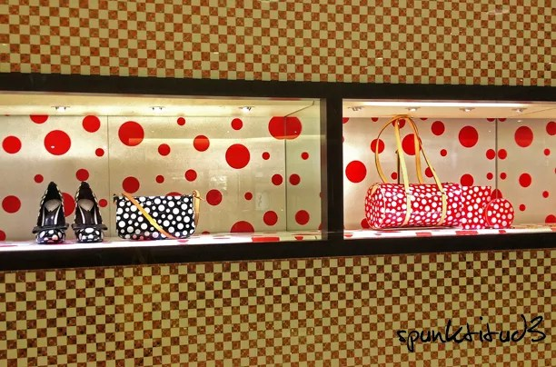 Louis Vuitton x Yayoi Kusama Infinitely Dots Pop-Up Store