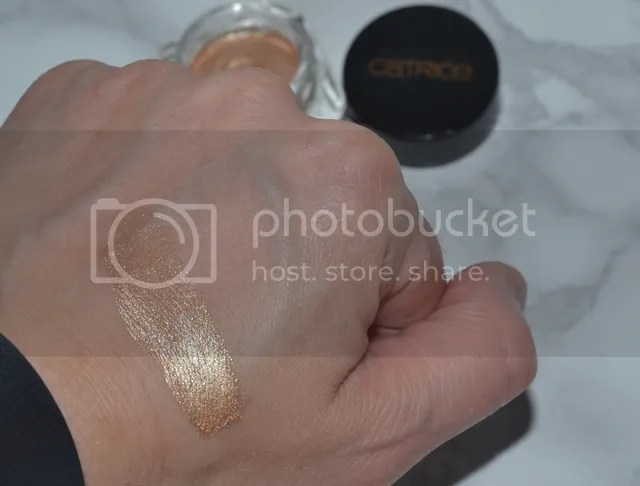 photo Catrice Soleil Dt Eye Mousse Swatch_zpssirncfpd.jpg