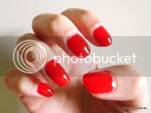 photo sinful-colors-mini-rood_zps718f71b1.jpg