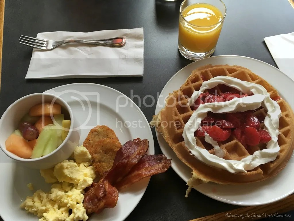 photo Free Continental Breakfast at the Embassy Inn Victoria B.C._zps9hymtkah.jpg