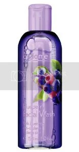 Blueberry facial wash