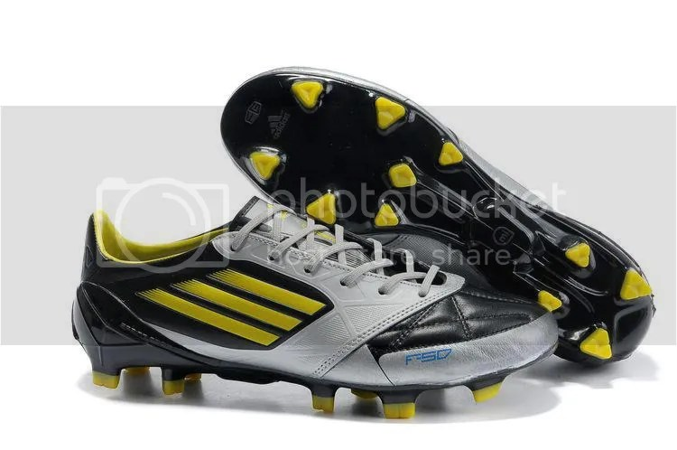 Want To Sell bulk adidas  kasut futsal gred alikhsan