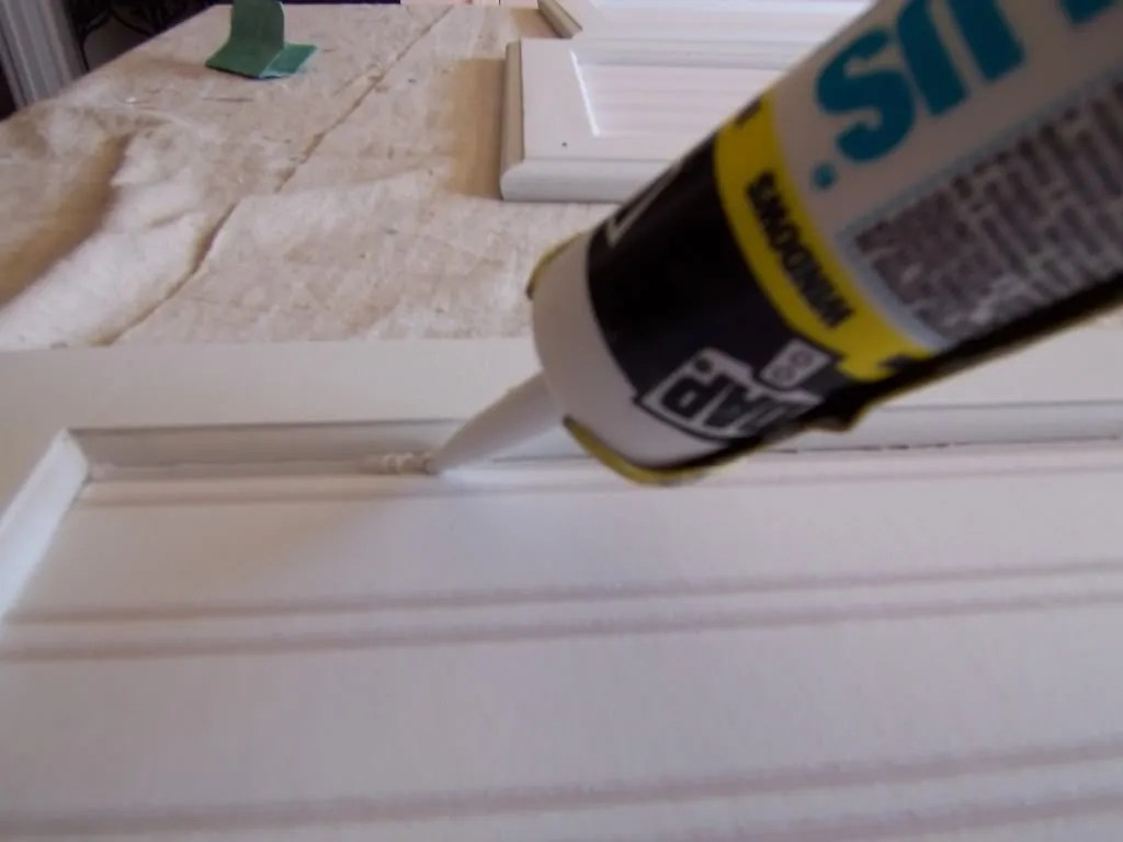 Yes you can paint your oak kitchen cabinets home for Caulking around kitchen cabinets