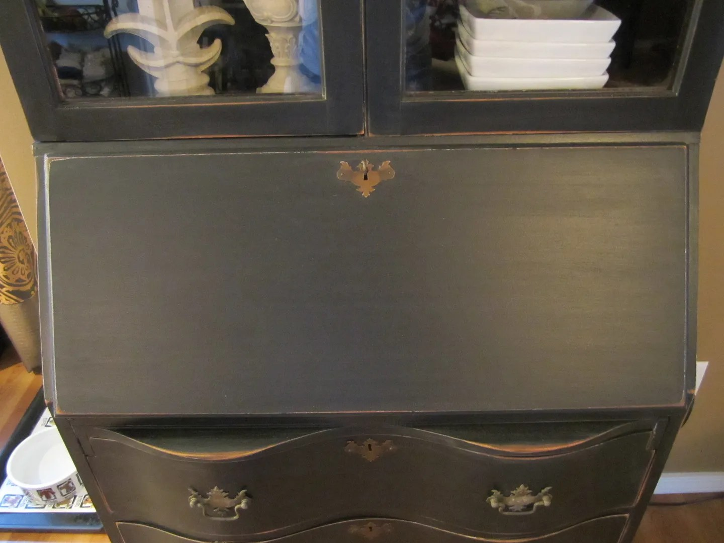 Distress Furniture to Accentuate Its Detail / HomeStagingBloomingtonIL
