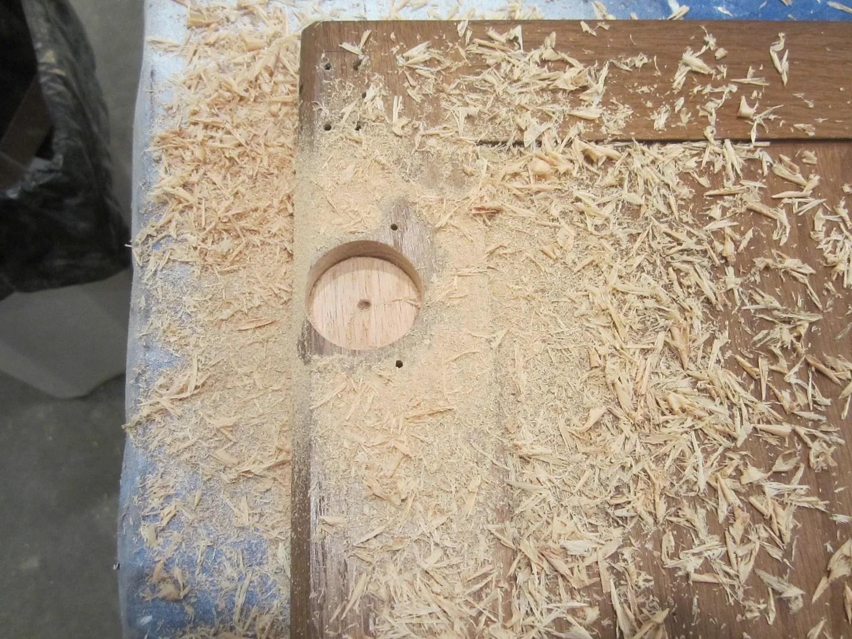 How to Install Hidden Hinges on Cabinet Doors/HomeStagingBloomingtonIL.wordpress.com