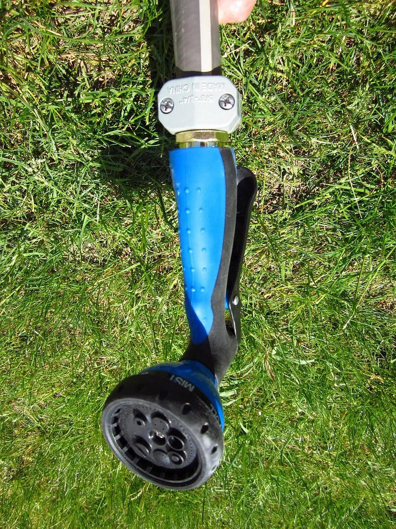 How to Remove a Nozzle That's Stuck to a Garden Hose / MyUrbanGardenOasis