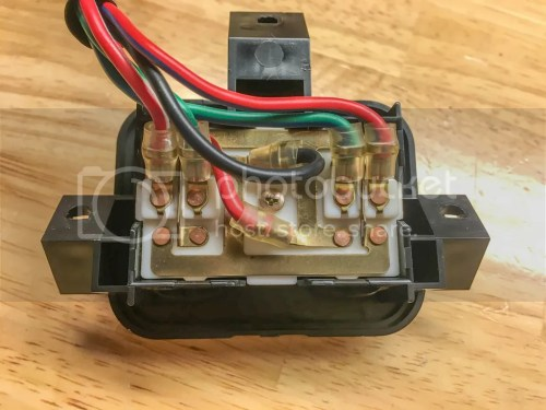 small resolution of red shared 12v from the main harness red white driver s side wire 1 green white driver s side wire 2 red blue passenger s side wire 1