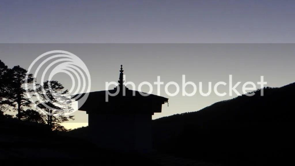 108 stupas Dochu La 211112 Bhutan