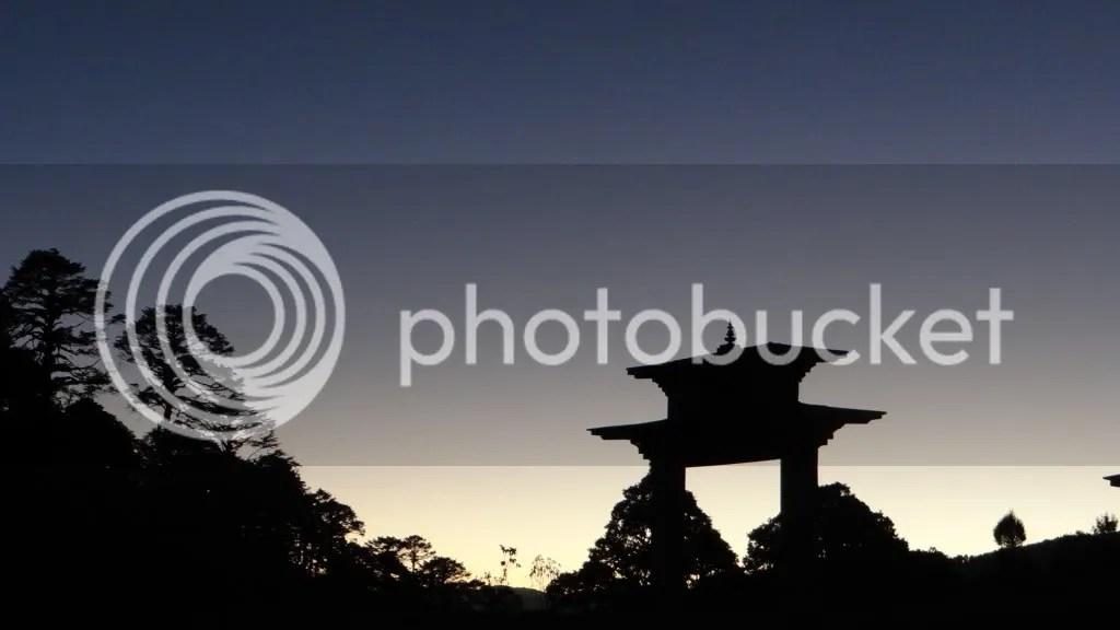 silhouette Dochu La 211112 Bhutan