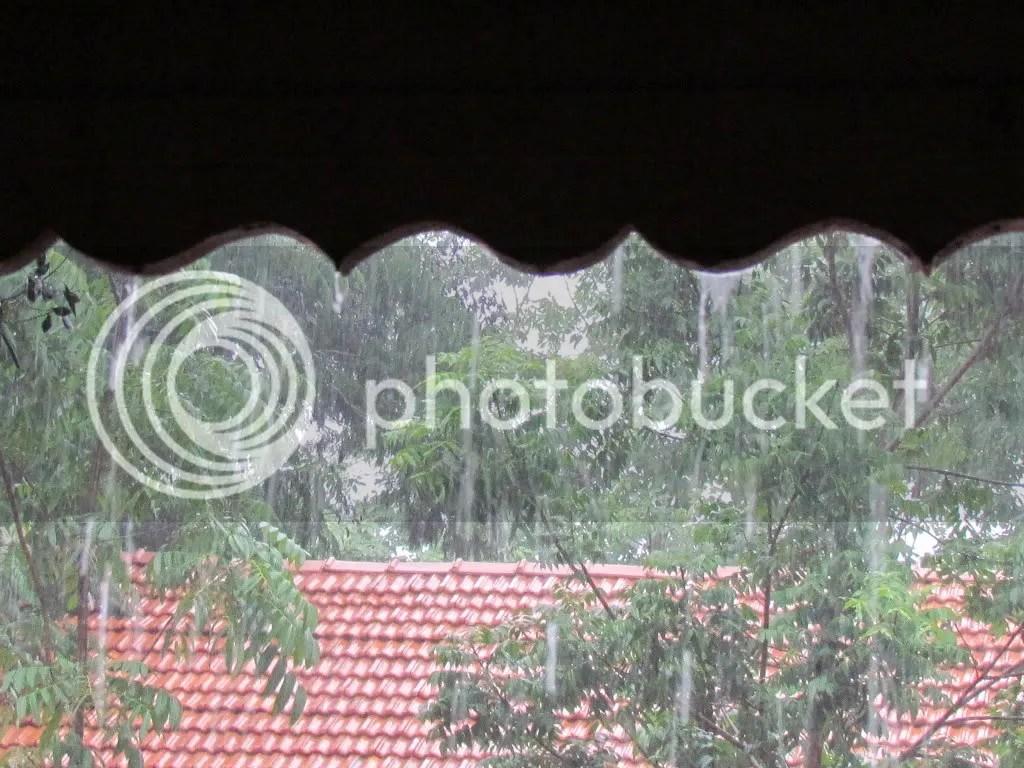 rain wavy bg 090812