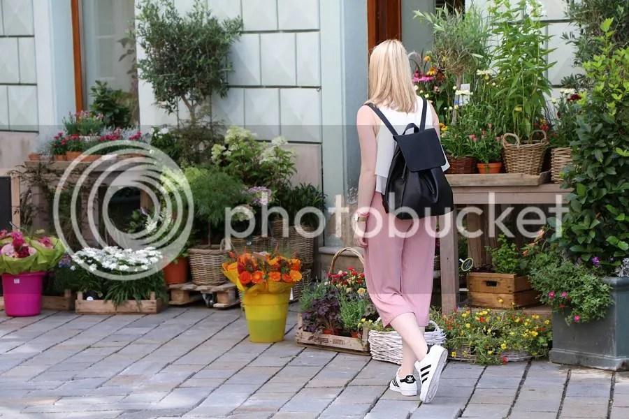photo oliviasly_bratislava_outfit_adidas_culotte_bershka3_zpsr648cszy.jpg
