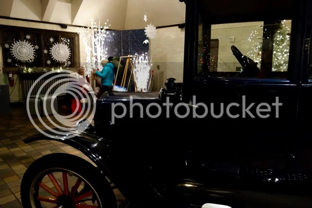 photo Ford House Christmas 22_zpswiknbutc.jpg