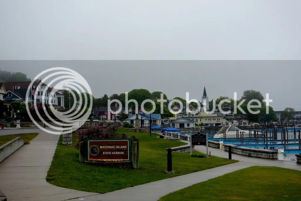 photo Mackinac Island Harbor_zpshmm6pnps.jpg