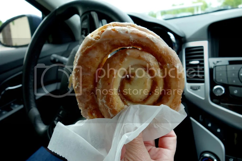 photo Mackinaw City Cinnamon Rolls_zpshtexfokr.jpg