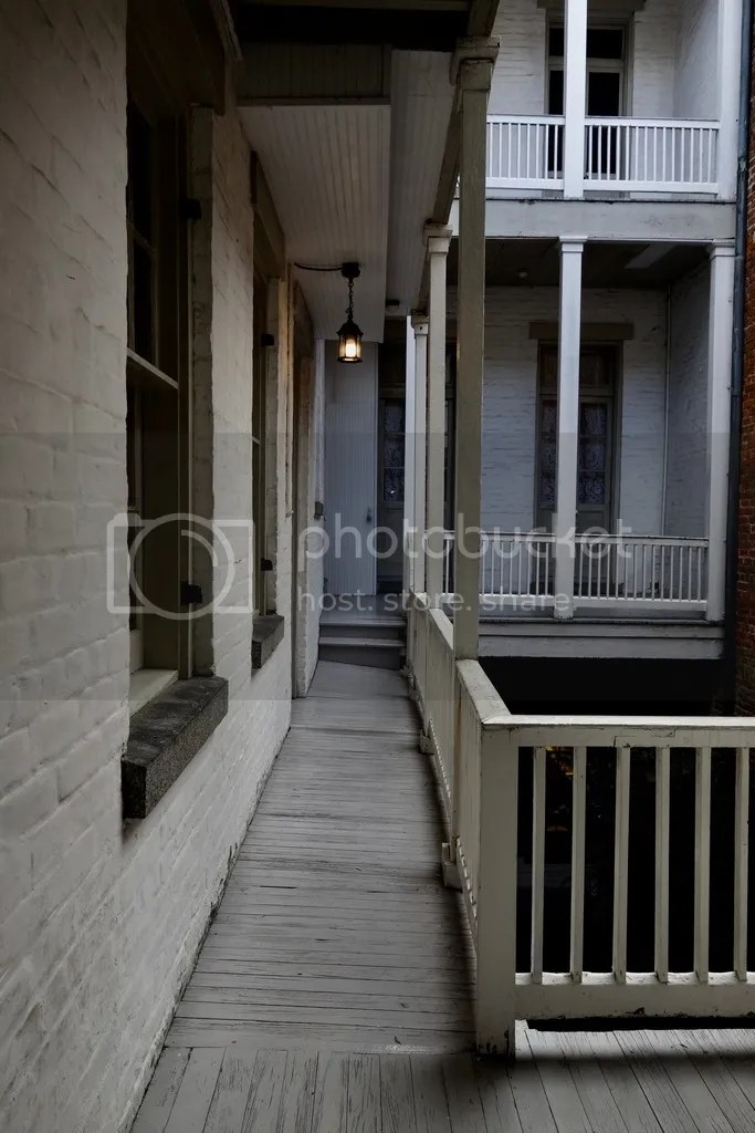 photo New Orleans 1850 House 7_zpspkv1v73k.jpg