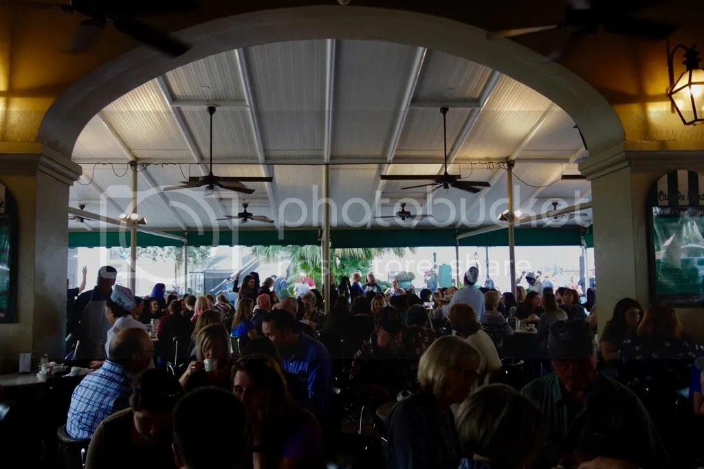 photo New Orleans Cafe Du Monde 3_zpskjebszdd.jpg