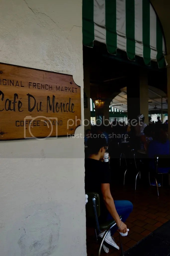 photo New Orleans Cafe Du Monde 7_zpsjsl85u23.jpg