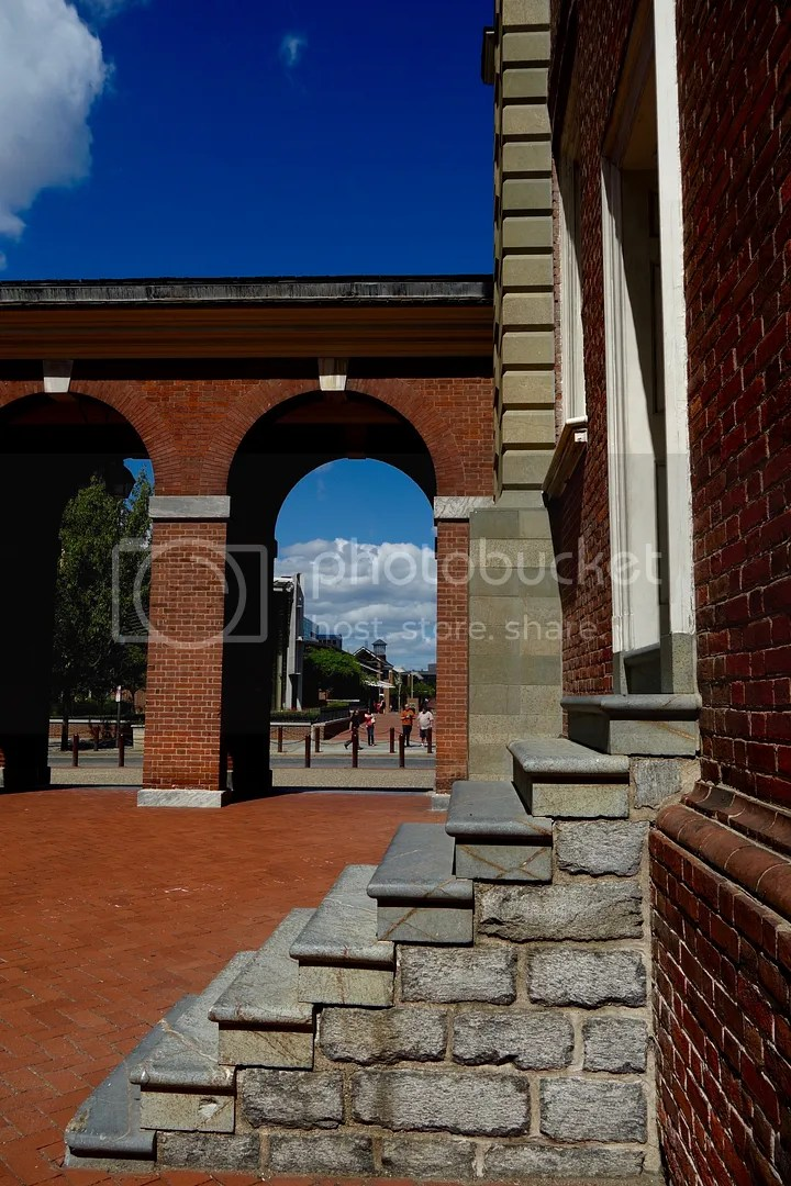 photo Independence Hall Courtyard_zpshelcmduo.jpg