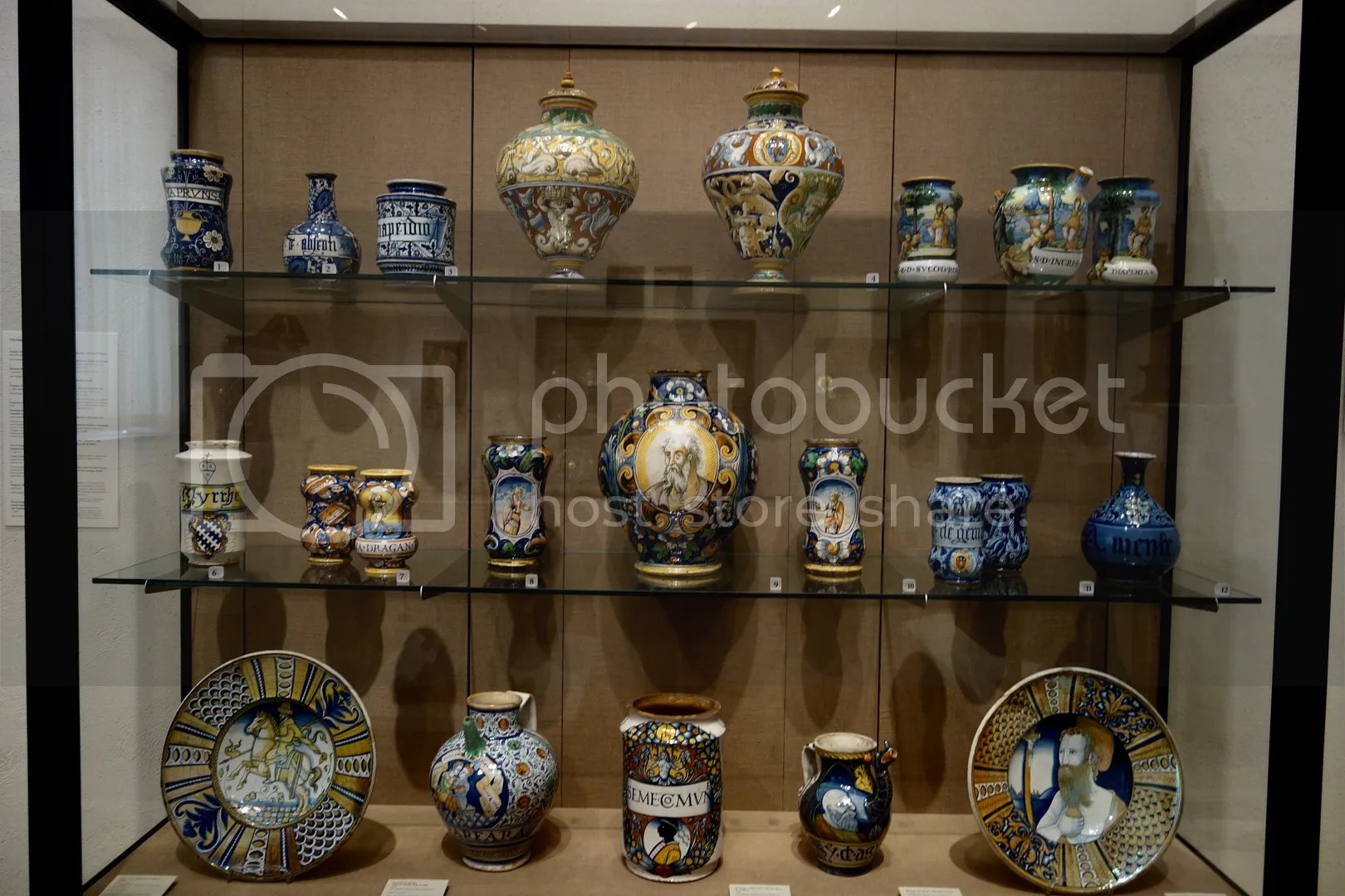 photo Philadelphia Museum of Art Pottery_zpsknwcymqd.jpg