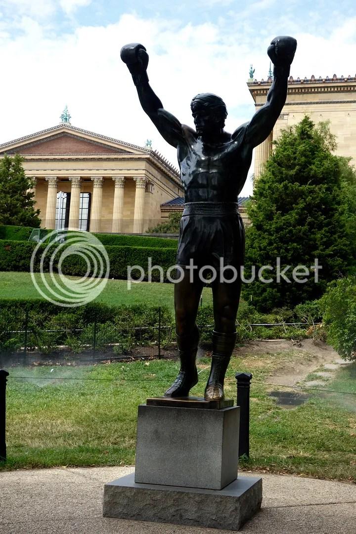 photo Rocky Statue_zpstvzxrez3.jpg