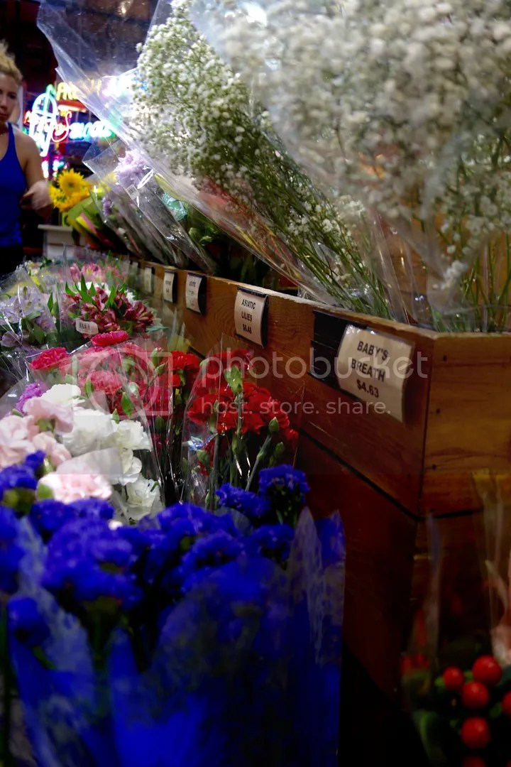 photo Reading Terminal Market Flowers_zps6uz2ayco.jpg